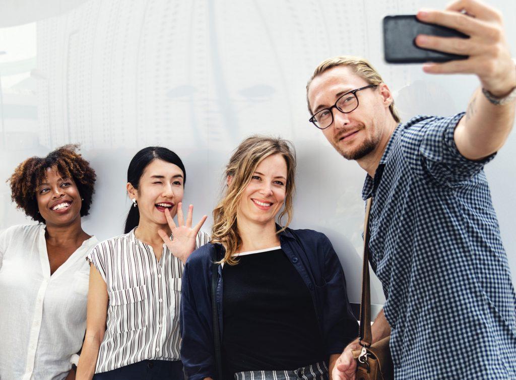 Social Media ermöglicht es Unternehmen, persönlich aufzutreten