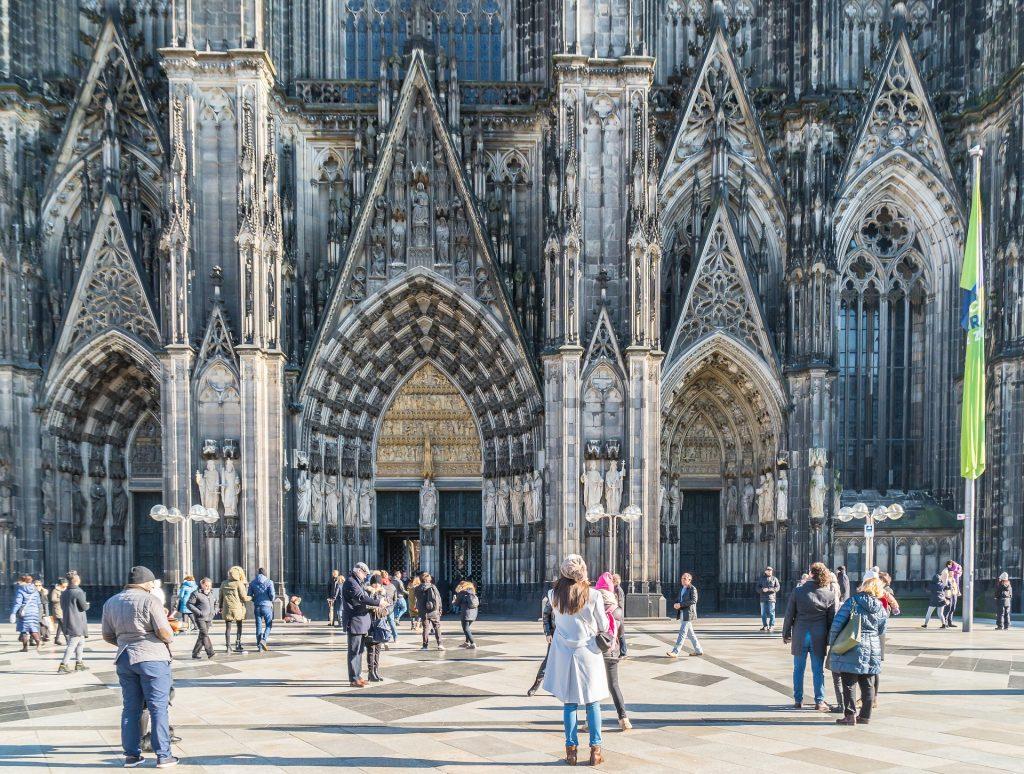 Kölner Dom als Multiple-User-Intents-Suche